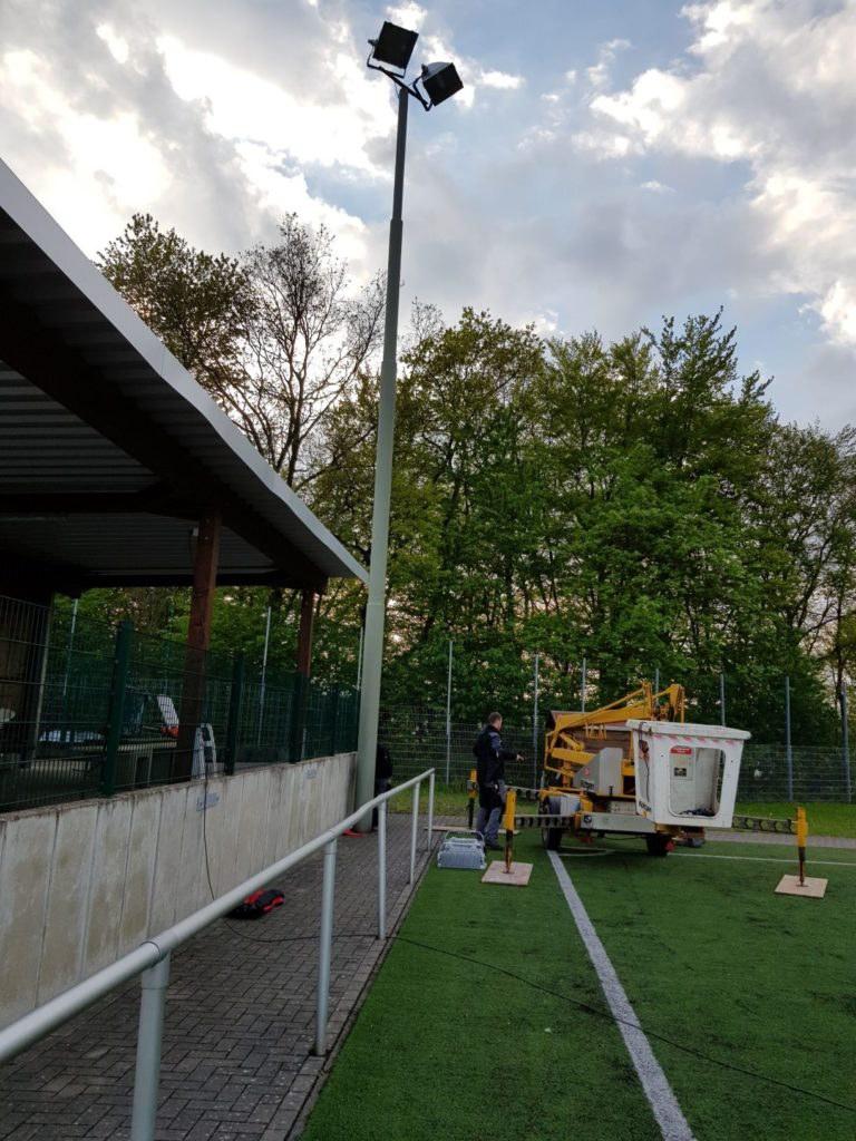 Umrüstung Flutlicht am Sportplatz Schnellenbach